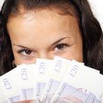 離婚後の『へそくり』の所有権利は?隠すなら口座と現金どちらがオススメ?